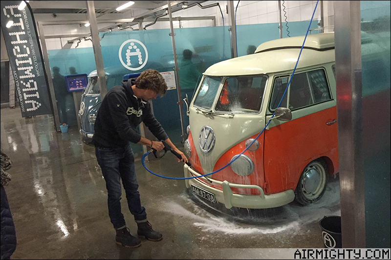 Pictures: AirMighty Carwash Night #3